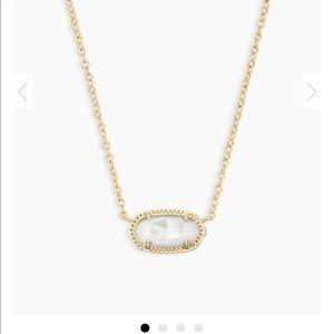 Kendra Scott Elisa Pendant Necklace in Ivory Pearl